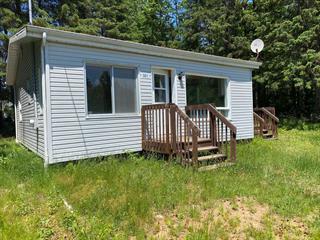 Cottage for sale in Saint-Élie-de-Caxton, Mauricie, 301, Rue  Lucien, 20688883 - Centris.ca