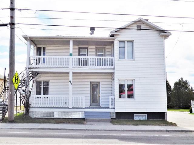 House for sale in Saint-Prime, Saguenay/Lac-Saint-Jean, 645 - 649, Rue  Principale, 15037663 - Centris.ca