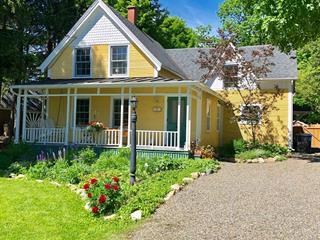 House for sale in Lac-Brome, Montérégie, 64, Rue  Victoria, 22589259 - Centris.ca