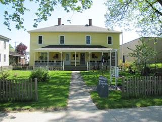 Duplex for sale in Stanstead - Ville, Estrie, 10 - 12, Rue  Principale, 25189214 - Centris.ca
