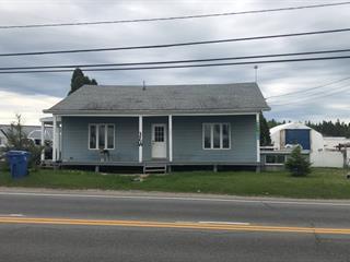 Triplex for sale in Alma, Saguenay/Lac-Saint-Jean, 2811 - 2817, Avenue du Pont Nord, 27080834 - Centris.ca