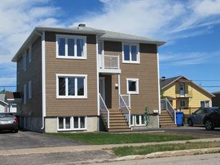 Triplex for sale in Sept-Îles, Côte-Nord, 906, Avenue  Cartier, 10627395 - Centris.ca