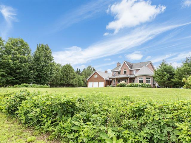 Cottage for sale in Sainte-Anne-de-la-Rochelle, Estrie, 945Z, 5e Rang, 18092726 - Centris.ca