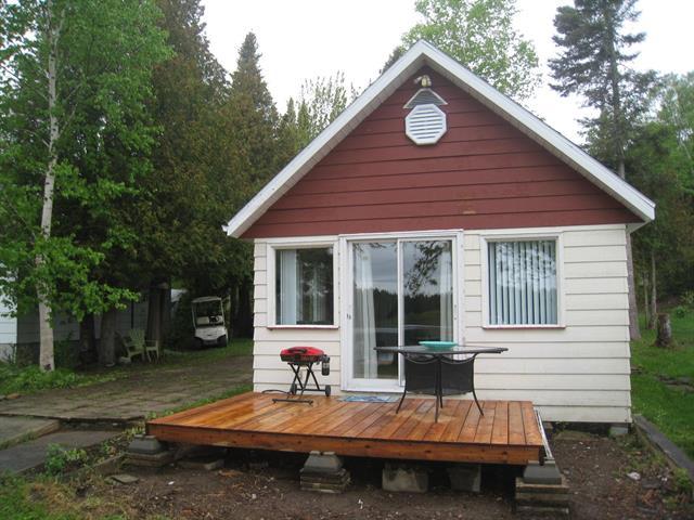 House for sale in Saint-Adelme, Bas-Saint-Laurent, 15, 5e Rang (Lac-Bidini), 25071622 - Centris.ca