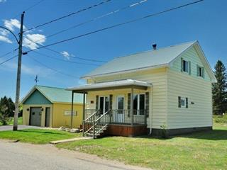 Maison à vendre à Saint-Urbain, Capitale-Nationale, 38, Rang  Saint-Jérome, 23418744 - Centris.ca