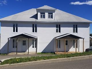 Triplex à vendre à La Malbaie, Capitale-Nationale, 33 - 37, Rue  Saint-Fidèle, 11947713 - Centris.ca