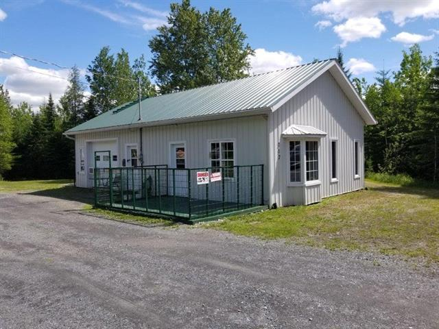 Hobby farm for sale in Saint-Romain, Estrie, 217, Chemin des Abénaquis, 10624650 - Centris.ca