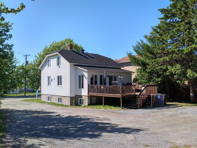 House for sale in Rimouski, Bas-Saint-Laurent, 363, Rue  Tessier, 26303924 - Centris.ca