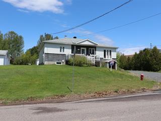 Maison à vendre à Bégin, Saguenay/Lac-Saint-Jean, 162, Rue  Brassard, 15697621 - Centris.ca
