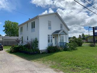 Maison à vendre à Chambord, Saguenay/Lac-Saint-Jean, 32, Route  155, 27027166 - Centris.ca