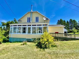 Maison à vendre à La Trinité-des-Monts, Bas-Saint-Laurent, 8, Rue  Centrale Sud, 24155302 - Centris.ca