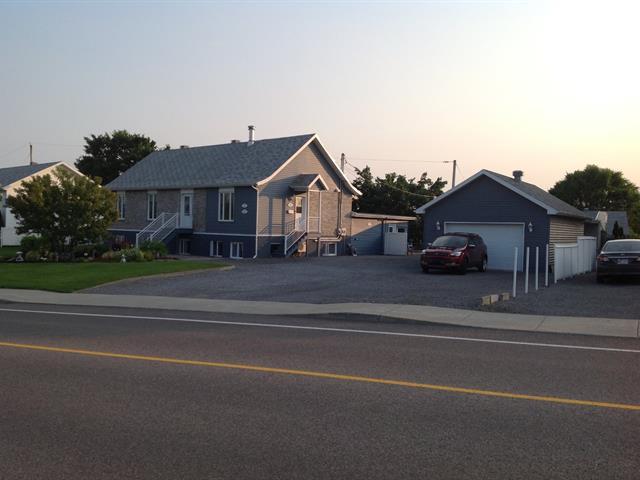 Duplex à vendre à Québec (Beauport), Capitale-Nationale, 1205, boulevard  Raymond, 14927319 - Centris.ca