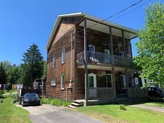 Maison à vendre à Rivière-Rouge, Laurentides, 253, Rue  Labelle Sud, 11990650 - Centris.ca