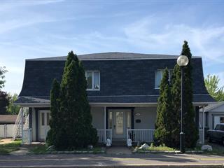 Triplex à vendre à Montréal (Rivière-des-Prairies/Pointe-aux-Trembles), Montréal (Île), 7425 - 7429, boulevard  Gouin Est, 12293729 - Centris.ca