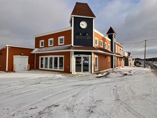 Commercial building for sale in Pohénégamook, Bas-Saint-Laurent, 1930, Rue  Principale, 27227239 - Centris.ca
