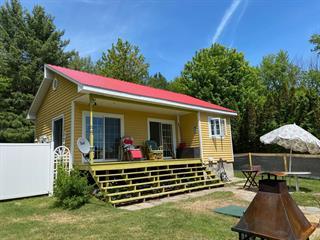 Maison à vendre à Saint-Léonard-d'Aston, Centre-du-Québec, 12, Rue des Cèdres, 25126392 - Centris.ca