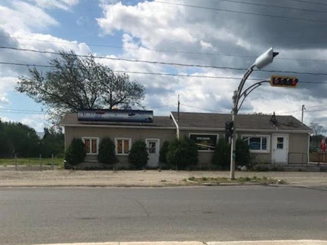 Commercial building for sale in Lévis (Les Chutes-de-la-Chaudière-Ouest), Chaudière-Appalaches, 4242 - 4246, Route des Rivières, 10600066 - Centris.ca