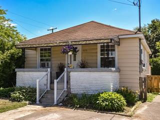 Maison à vendre à Sainte-Marthe-sur-le-Lac, Laurentides, 3172, Rue  Delorme, 24473395 - Centris.ca