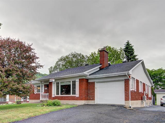 House for sale in Sainte-Anne-de-Beaupré, Capitale-Nationale, 9817, boulevard  Sainte-Anne, 19388971 - Centris.ca