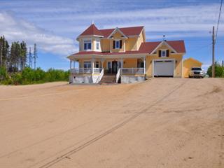 Chalet à vendre à Port-Cartier, Côte-Nord, 4908, Rue des Pionniers, 20338907 - Centris.ca