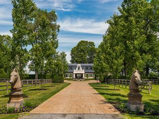 Maison à vendre à Hudson, Montérégie, 774, Rue  Main, 25098118 - Centris.ca