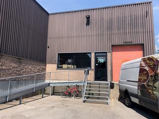 Commercial unit for rent in Laval (Chomedey), Laval, 795, boulevard  Curé-Labelle, 10108868 - Centris.ca