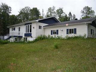 Maison à vendre à Harrington, Laurentides, 48, Chemin  Burns, 26231261 - Centris.ca