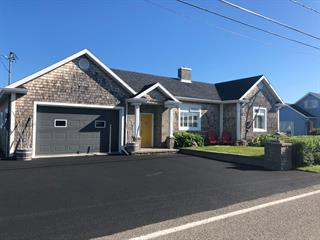 House for sale in Matane, Bas-Saint-Laurent, 2192, Rue de Matane-sur-Mer, 28111197 - Centris.ca