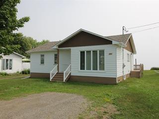 House for sale in Port-Daniel/Gascons, Gaspésie/Îles-de-la-Madeleine, 24, Route  132 Ouest, 14883342 - Centris.ca