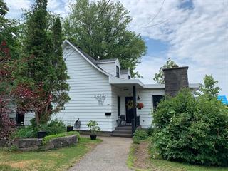 Maison à vendre à Lévis (Desjardins), Chaudière-Appalaches, 24, Rue  Saint-Thomas, 9324294 - Centris.ca