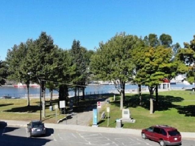 Terrain à vendre à Lévis (Desjardins), Chaudière-Appalaches, 10, Rue  William-Tremblay, 11109726 - Centris.ca