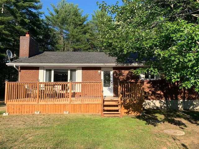 House for sale in Otter Lake, Outaouais, 674, Route  301, 19814819 - Centris.ca