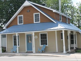 Maison à vendre à Montebello, Outaouais, 584, Rue  Notre-Dame, 18923703 - Centris.ca