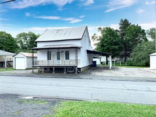 Maison à vendre à Saint-Benoît-Labre, Chaudière-Appalaches, 40, Rue  Saint-Jean, 12230540 - Centris.ca