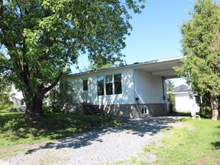 Maison à vendre à Amos, Abitibi-Témiscamingue, 222, Rue  Bolduc, 23463076 - Centris.ca