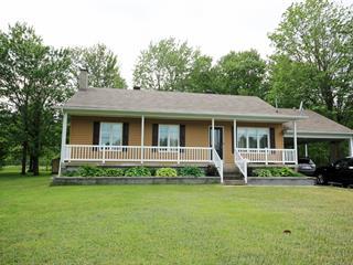 Maison à vendre à Sainte-Clotilde-de-Horton, Centre-du-Québec, 78, Rue  Principale, 18125860 - Centris.ca