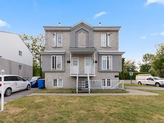 Triplex for sale in Blainville, Laurentides, 116 - 120, Rue des Peupliers, 14123772 - Centris.ca