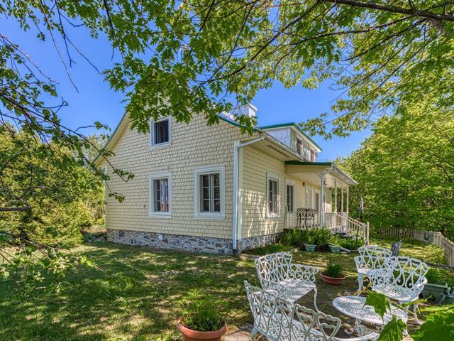 Maison à vendre à Saint-Jean-de-l'Île-d'Orléans, Capitale-Nationale, 5490, Chemin  Royal, 28041203 - Centris.ca