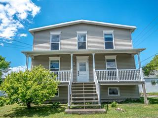 Maison à vendre à Montmagny, Chaudière-Appalaches, 248, Avenue  Sainte-Anne, 25230868 - Centris.ca