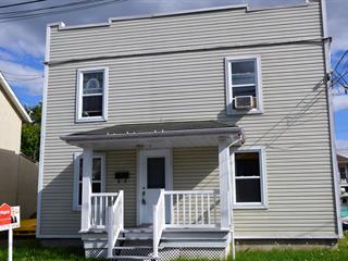 Triplex for sale in Salaberry-de-Valleyfield, Montérégie, 8 - 8B, Rue  Cousineau, 27742179 - Centris.ca