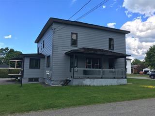 Maison à vendre à Stanstead - Ville, Estrie, 17, Rue  Centre, 21019000 - Centris.ca