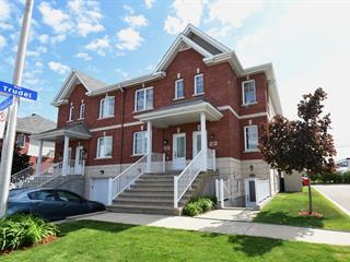 Condo à vendre à Laval (Auteuil), Laval, 6008, Rue  Tousignan, 25539615 - Centris.ca