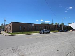 Local commercial à louer à Val-d'Or, Abitibi-Témiscamingue, 375-102, Avenue  Centrale, 16189043 - Centris.ca