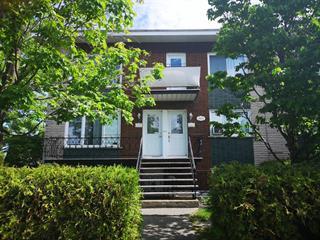 Triplex for sale in Longueuil (Le Vieux-Longueuil), Montérégie, 3021 - 3025, Rue  Dumont, 17899433 - Centris.ca