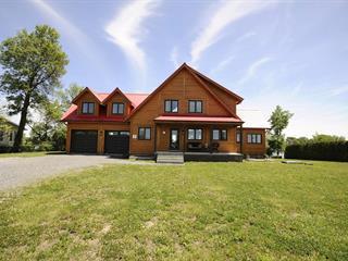 Maison à vendre à Saint-Marc-sur-Richelieu, Montérégie, 1070, Rue  Richelieu, 21010759 - Centris.ca
