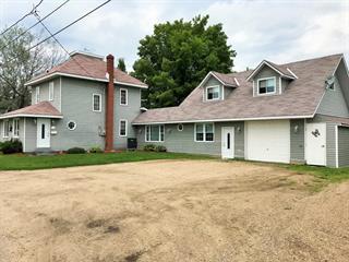 Maison à vendre à L'Isle-aux-Allumettes, Outaouais, 115, Rue  Front, 14042000 - Centris.ca