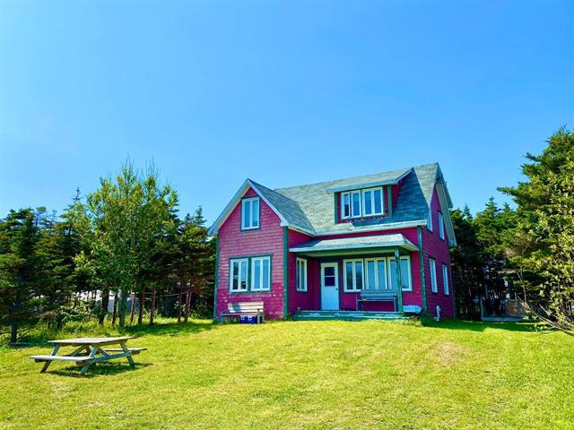 Maison à vendre à Les Îles-de-la-Madeleine, Gaspésie/Îles-de-la-Madeleine, 52, Chemin du Quai Sud, 17374201 - Centris.ca