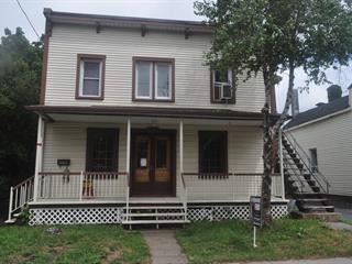 Duplex à vendre à Saint-Jean-sur-Richelieu, Montérégie, 395 - 397, Rue  Laurier, 11153107 - Centris.ca