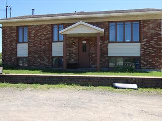 Maison à vendre à Château-Richer, Capitale-Nationale, 7584, boulevard  Sainte-Anne, 19176644 - Centris.ca