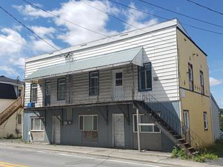 Triplex à vendre à Saint-Martin, Chaudière-Appalaches, 150 - 154, 1re Avenue Est, 24327687 - Centris.ca